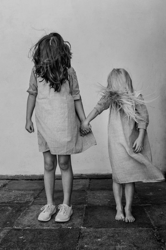 Sisters By Heart. Photo by photographer Martin Thaulow. Open Edition (seen without the white frame around the image). Buy high quality print.